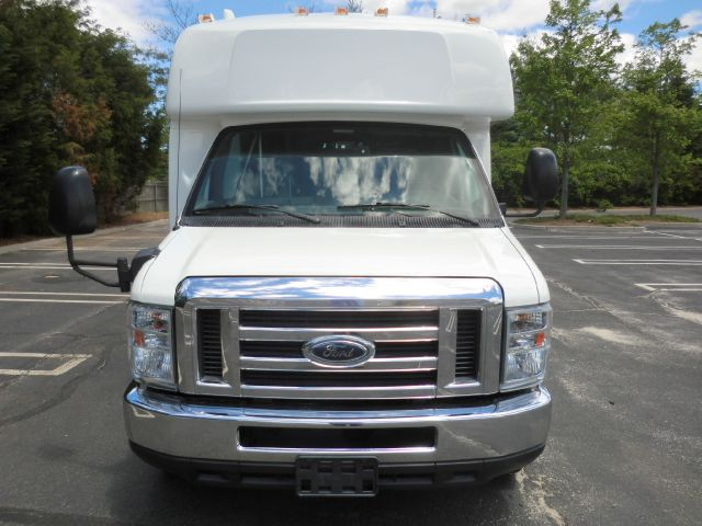 2010 Ford E-450 ION 2 Manual