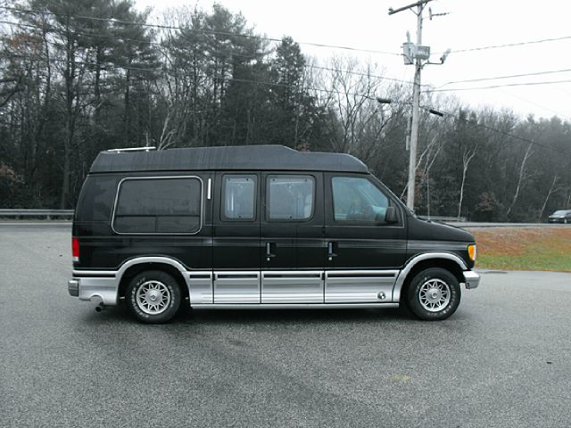 1997 ford e150 wheelchair lift details brentwood nh 3833. Black Bedroom Furniture Sets. Home Design Ideas