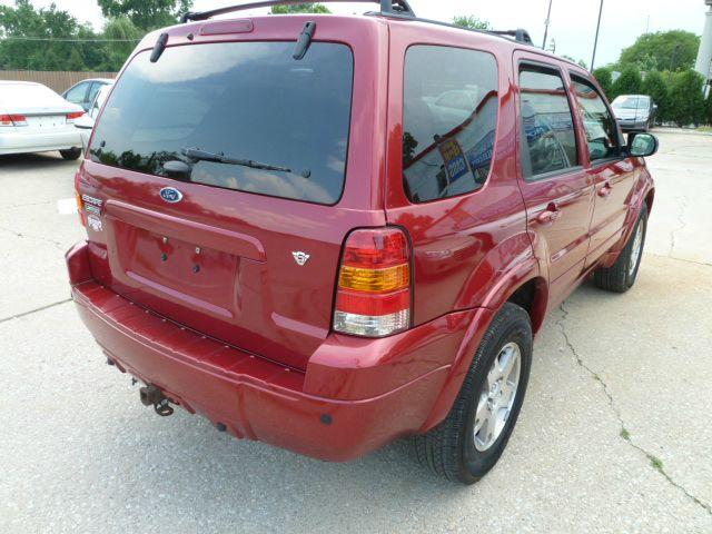 2005 Ford Escape Super