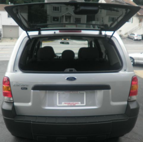 2005 Ford Escape 4dr 2.9L Twin Turbo AWD W/3rd
