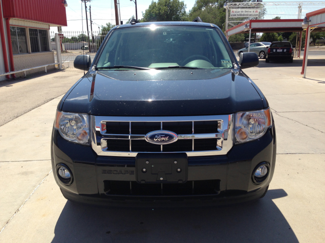 2011 Ford Escape 31 FOOT