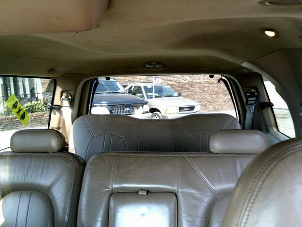 1999 Ford Expedition Ram 3500 Diesel 2-WD