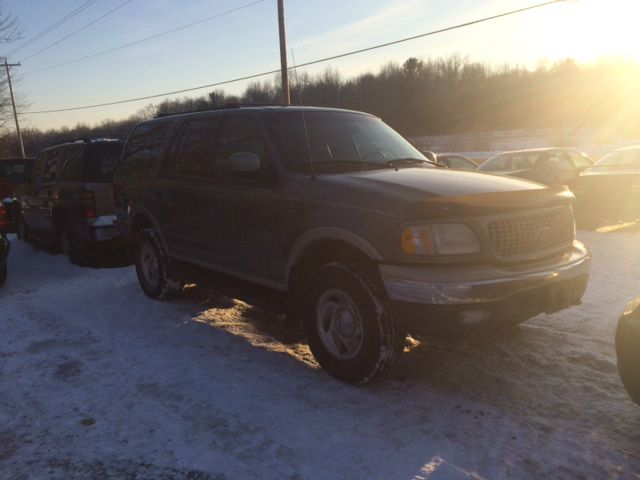 1999 Ford Expedition E320 - Extra Sharp
