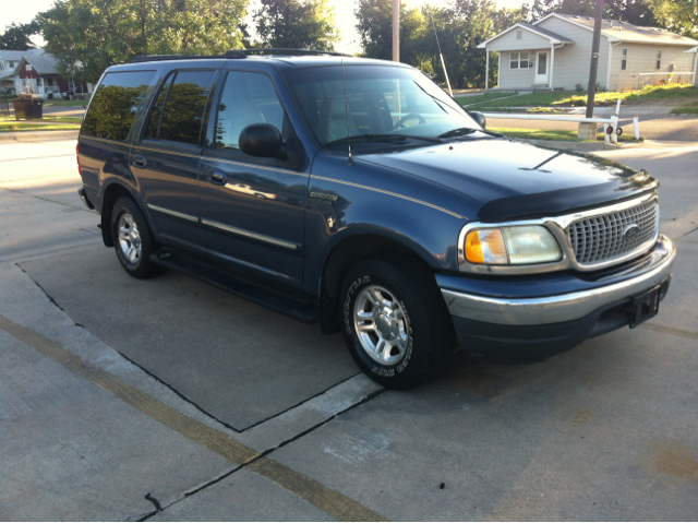 ... 21st Century Motors. 1999 Ford Expedition SL 4x4 Regular Cab