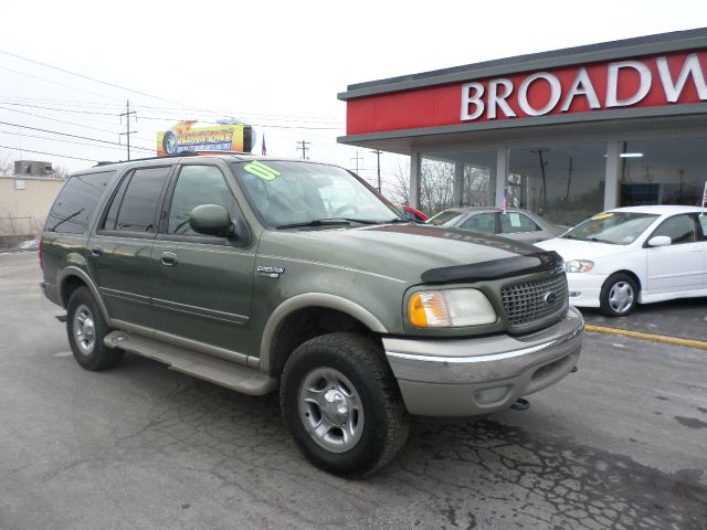 2001 Ford Expedition E320 - Extra Sharp