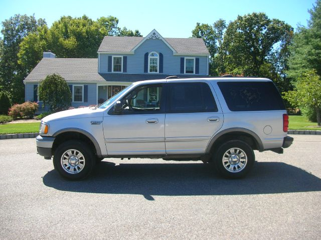 2002 Ford Expedition ESi