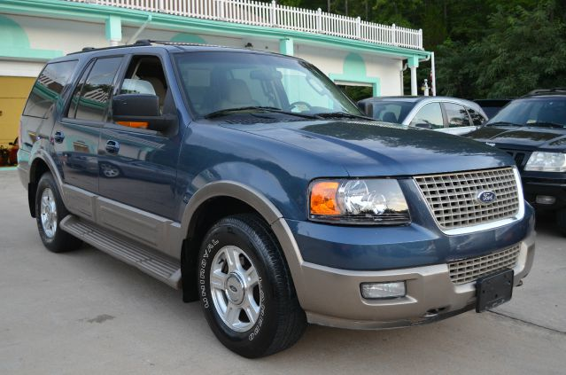2003 ford expedition e320 extra sharp details stafford for Ford motor credit interest rates for tier 4