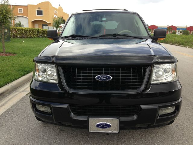 2004 Ford Expedition 2dr HB Man Spec