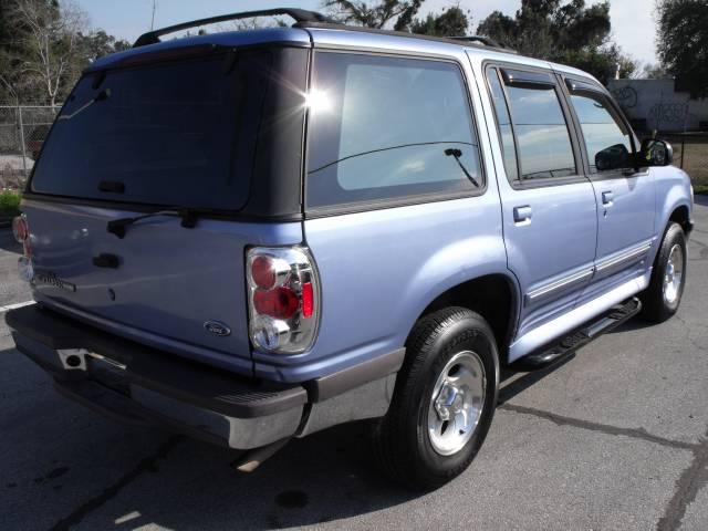 1997 Ford Explorer ESi