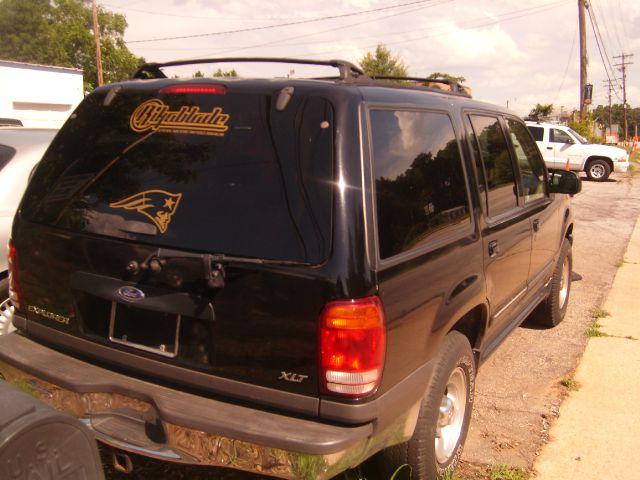 2001 Ford Explorer SL 4x4 Regular Cab