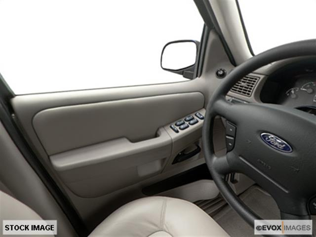 2002 Ford Explorer ESi