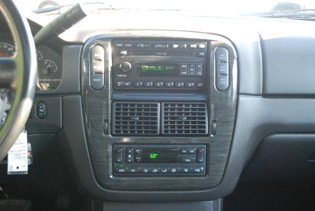 2002 Ford Explorer Super