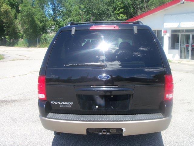 2004 Ford Explorer LT CREW 25