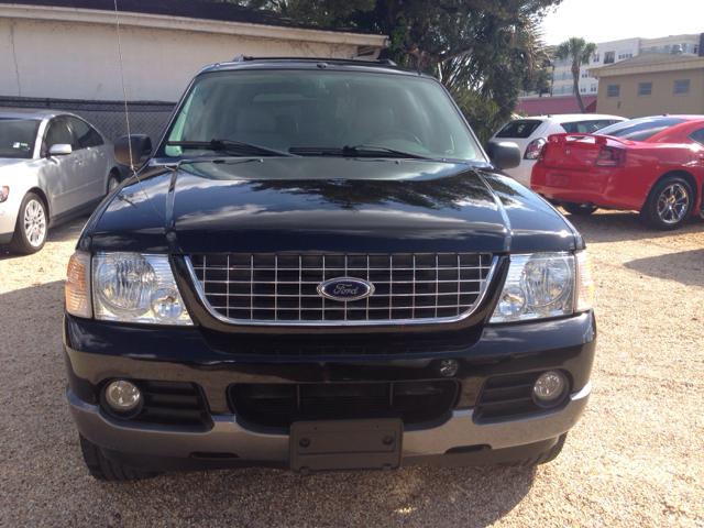 2004 Ford Explorer Custom Deluxe