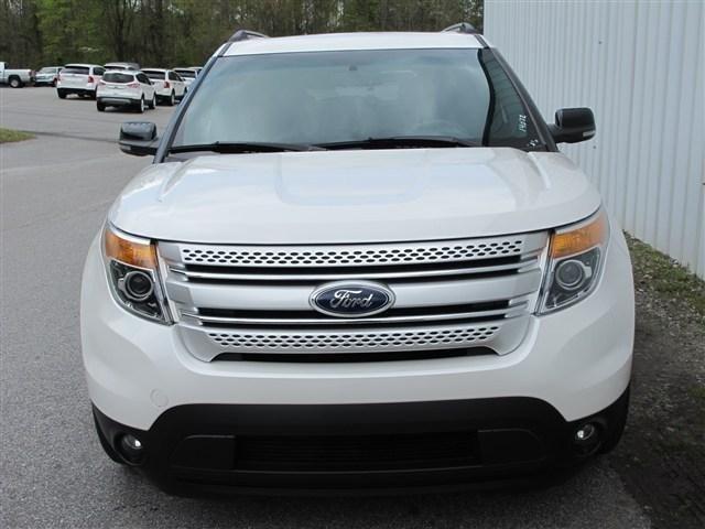 2011 Ford Explorer ESi