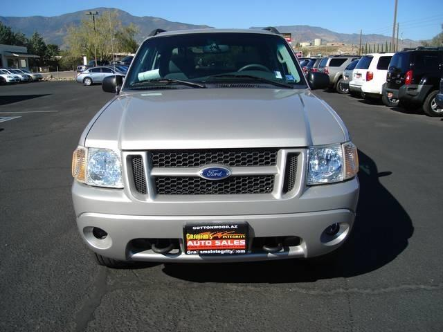 2004 Ford Explorer Sport Trac Two Door Hardtop