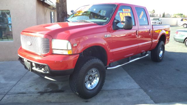 2003 Ford F-250 Super Duty Supercab Short Bed 2WD