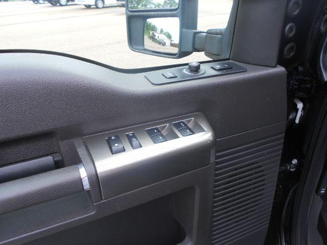 2009 Ford F-250 Super Duty CREW CAB XLT Diesel
