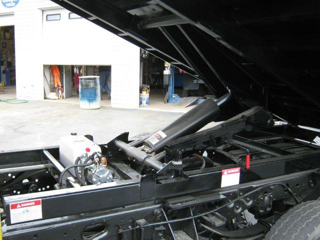 2002 Ford F-450 Sport 4WD