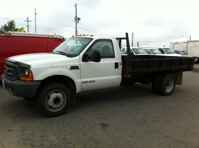 1999 Ford F-450 Super Duty Base