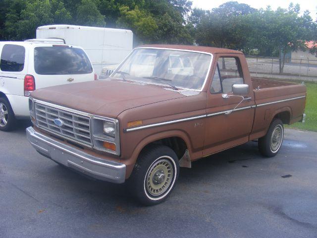1985 Ford F150 ES 2.4L AUTO