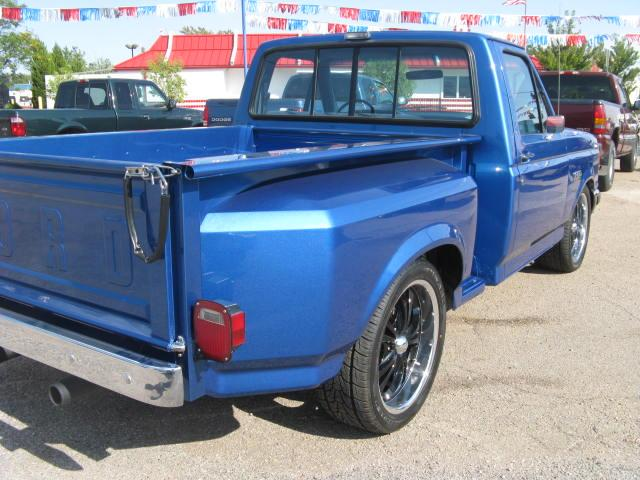 used ford f150 xlt lariat 1987 details buy used ford f150 xlt lariat 1987 in colorado springs. Black Bedroom Furniture Sets. Home Design Ideas