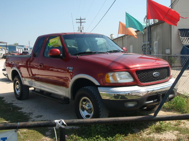 2000 Ford F150 SE Well Kept Alloy Wheels Details. Liberty Hill, TX 78642