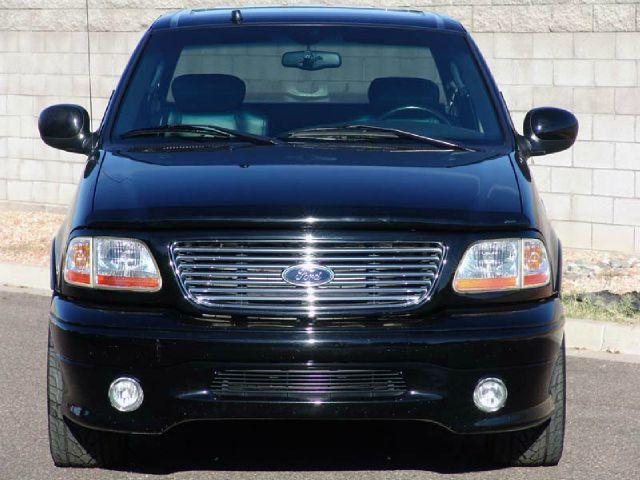 2002 Ford F150 SLT 1 Ton Dually 4dr 35