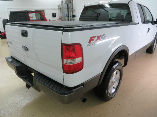 2005 Ford F150 XLT Supercrew Short Bed 2WD