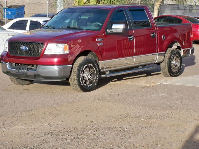 2005 Ford F150 SL Short Bed 2WD