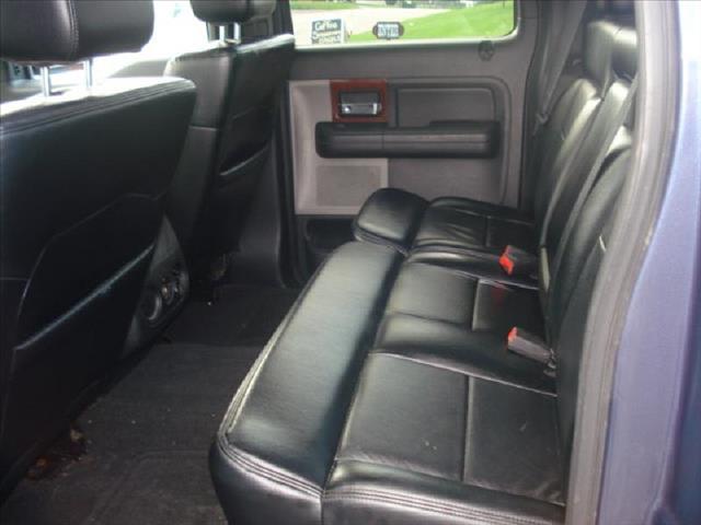 2005 Ford F150 4WD Crew Cab 143.5 LS 4x4 Truck