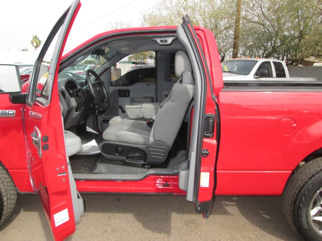 2006 Ford F150 LX V6 Coupe