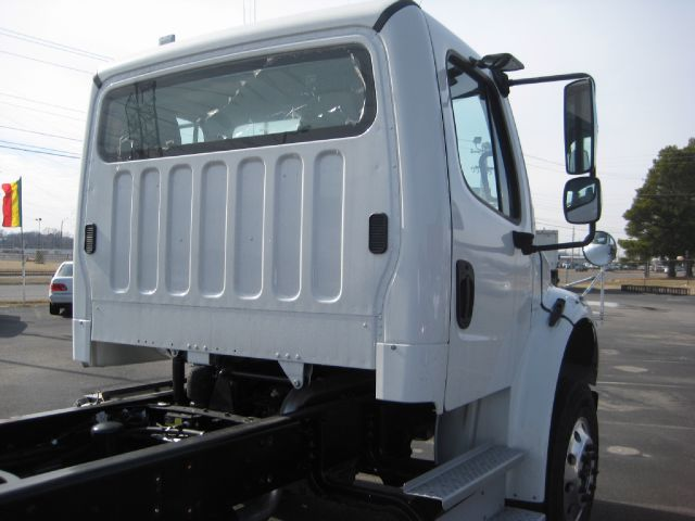 2013 Freightliner M2 Buisness class