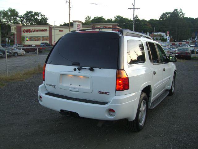 2003 GMC Envoy XL LS 2500hd CREW CAB 4X4 Diesel