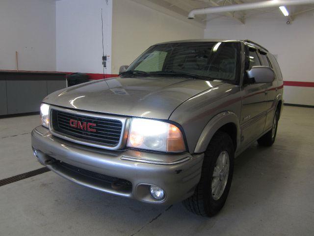 2000 GMC Jimmy or Envoy 1500 SLT 4X4