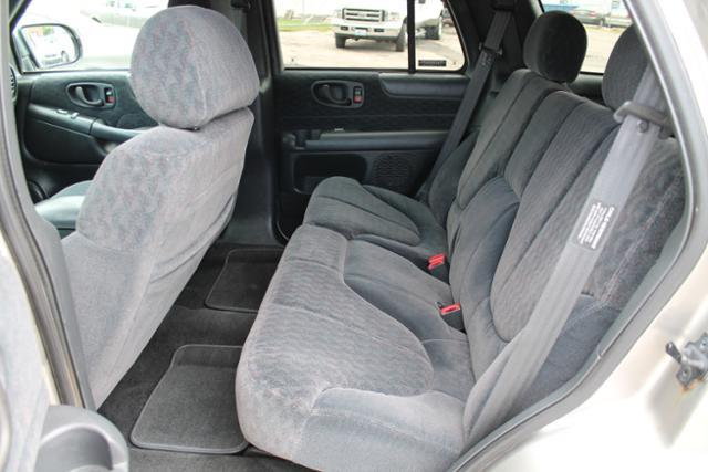 2000 GMC Jimmy or Envoy EC 4WD