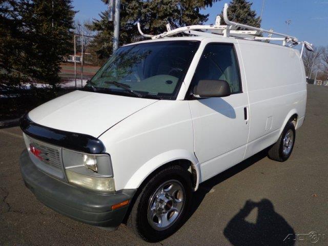 2005 GMC Safari Cargo Lariat 4WD FX4