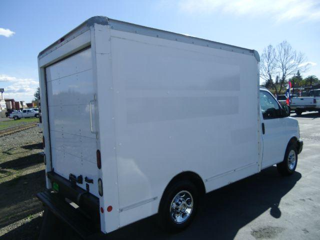 2006 GMC Savana Crew Cab 131