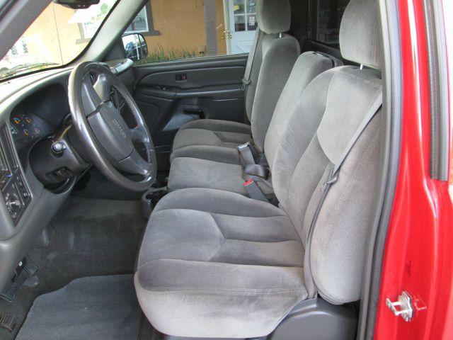 2005 GMC Sierra Hatchback II