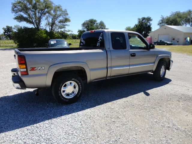 2003 GMC Sierra 1500 Dually 3500 Club Coupe