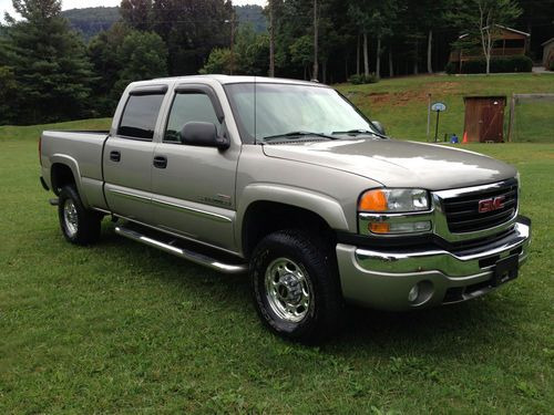 2003 GMC Sierra 2500 Base 3500 2 WD