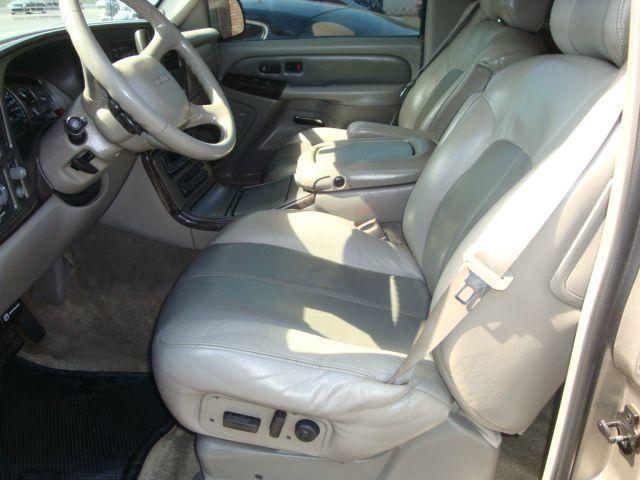 2001 GMC Yukon EX Sedan 4D