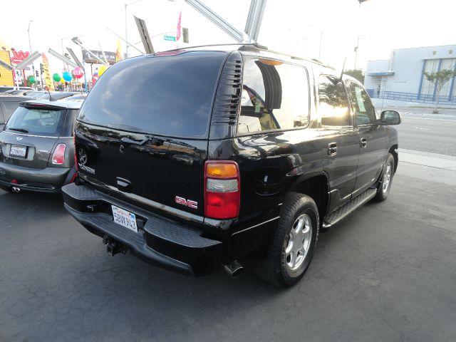 2003 GMC Yukon LS NICE
