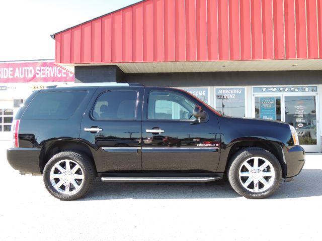 2008 GMC Yukon EX - DUAL Power Doors