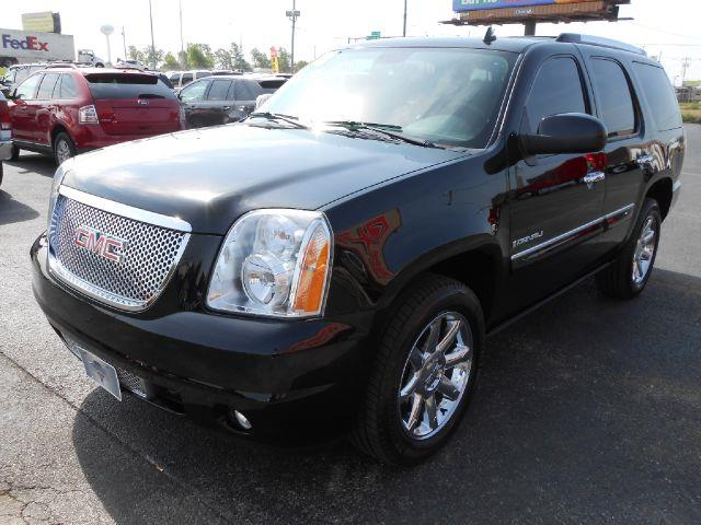 2008 GMC Yukon EX - DUAL Power Doors