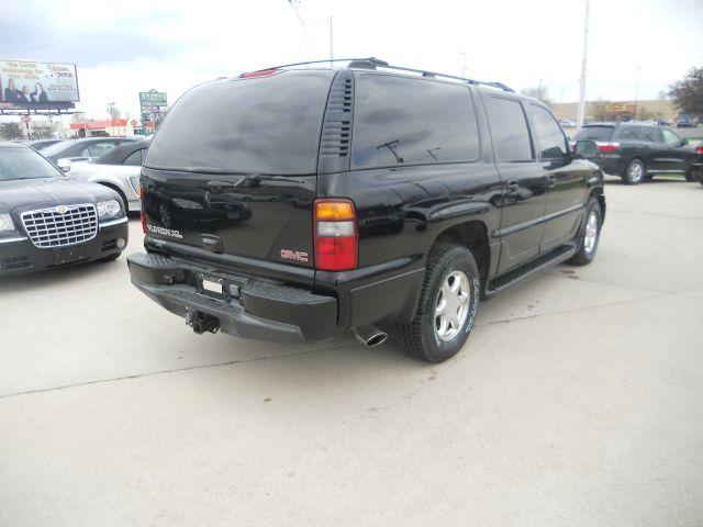2001 GMC Yukon XL LS NICE
