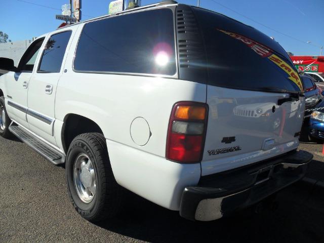 2003 GMC Yukon XL C350 4dr Sdn 3.5L Sport RWD Sedan