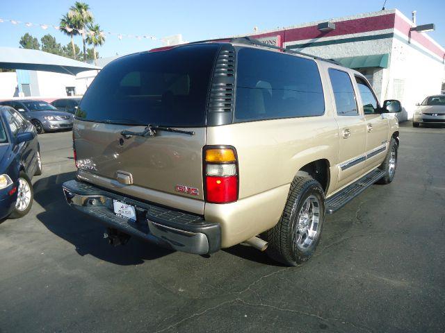 2005 GMC Yukon XL Crew Cab Amarillo 4X4
