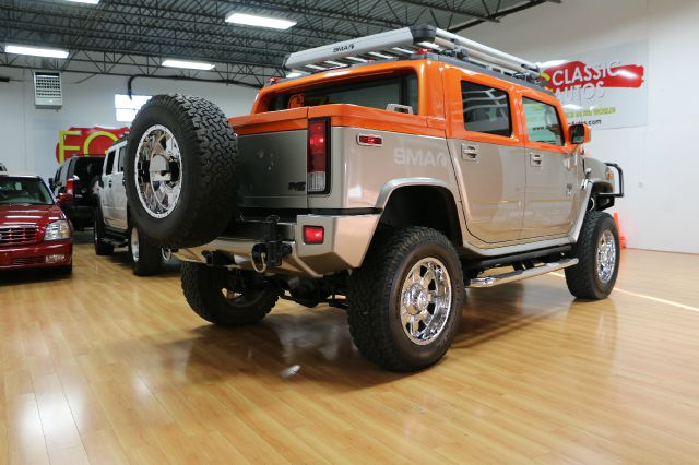 2005 Hummer H2 SUT Super Cab Lariat