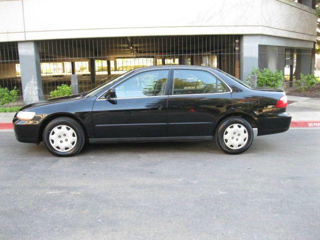 2000 Honda Accord 4DR SE (roof)